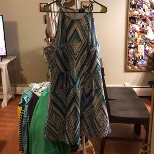 Stunning cocktail dress!